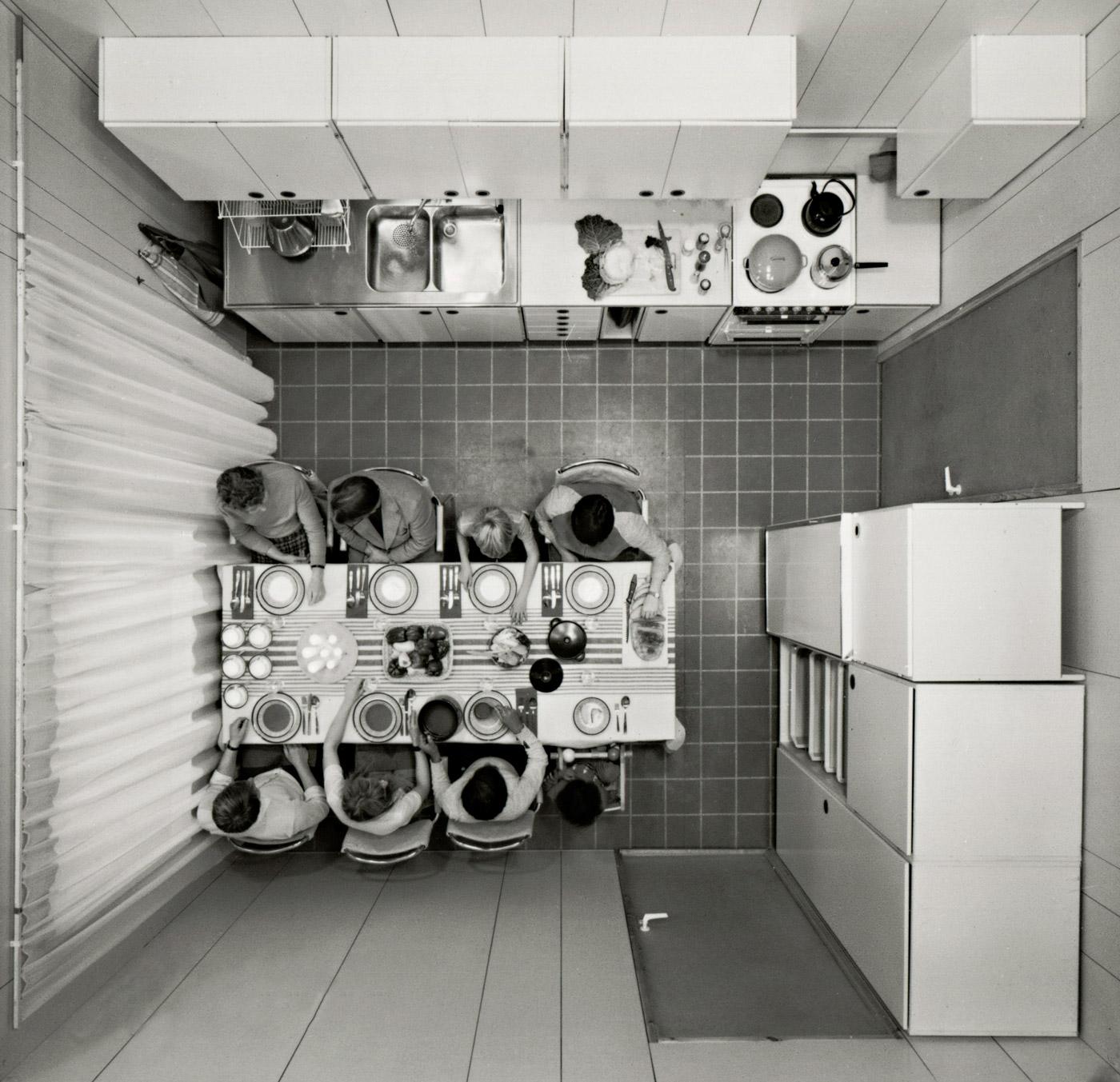 Resultado de imagen de division del espacio del hogar por genero